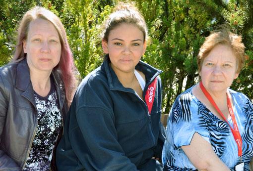 Sodexostädarna Jessica Axelsson, Constanza Monzon och Inkeri Aro är glada att det finns ett avtal men hade önskat bättre villkor.