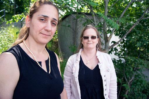 Nasa Nimat Kazkoz och Anna Ellström från Allianceplus Fastighetsklubb i Stockholm har haft ett turbulent år med många förhandlingar.