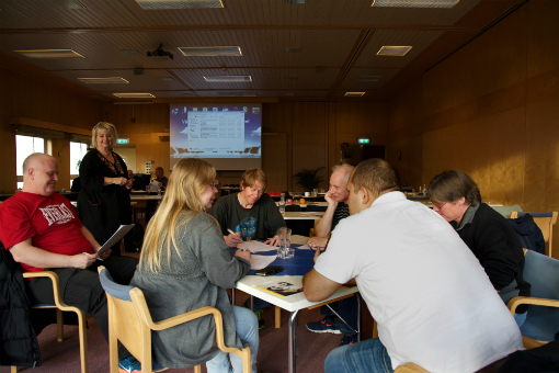 Lokala skyddsombud från region väst övar på att skriva så kallade 66a-anmälningar på temadagen i Kungälv.