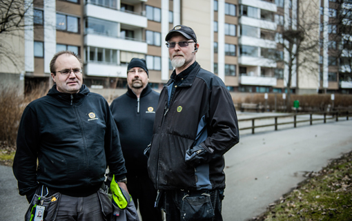 David Holmgren, Mattias Selegård och Anders Hornstrand på HSB är några av alla som har fått vänta på att avtalen för fastighetsskötare ska bli klara. Det är först när det finns ett centralt avtal som de kan börja lokala förhandlingar.