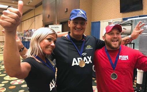 De tre bästa i VM-tävlingen:Marianne Pettersson (brons), Ivan Pleinadius (guld) och Clayton Wise (silver). Foto: Casper Schjorring
