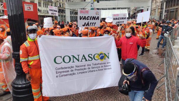 Demonstration i Brasilien för vaccin till gatustädare